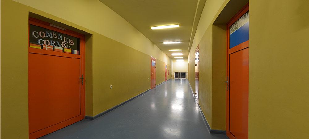 Korytarz w szkole w Resku